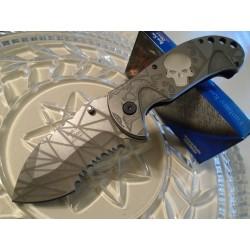 Couteau Dark Side Glow Tête de Mort A/O Lame Acier Inox Serr Manche Métal DSA033AE - Livraison Gratuite
