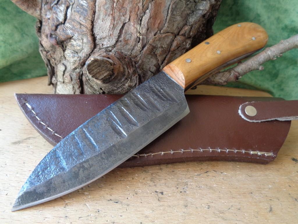 Bushcraft Couteau De Chasse Lame Forgée à la Main Carbone 1095