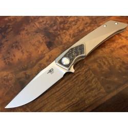 Couteau Bestech Sky Hawk Lame Acier S35VN Manche Titane Bronze BTKT1804D - Livraison Gratuite