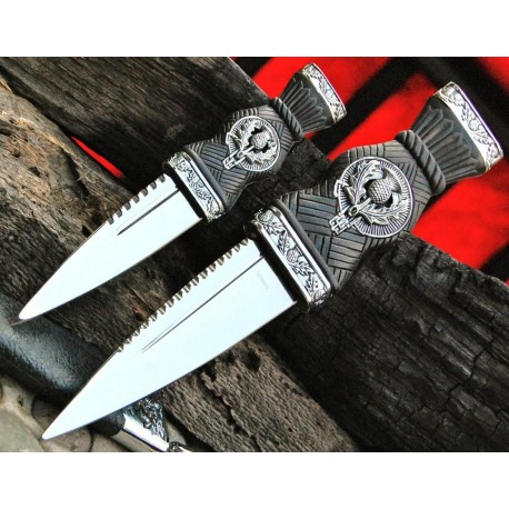 Set de 2 Couteaux Scottish Dirk Reproduction United Cutlery Scottish SGIAN DUBH 2 Piece Dagger CN210928 - Livraison Gratuite