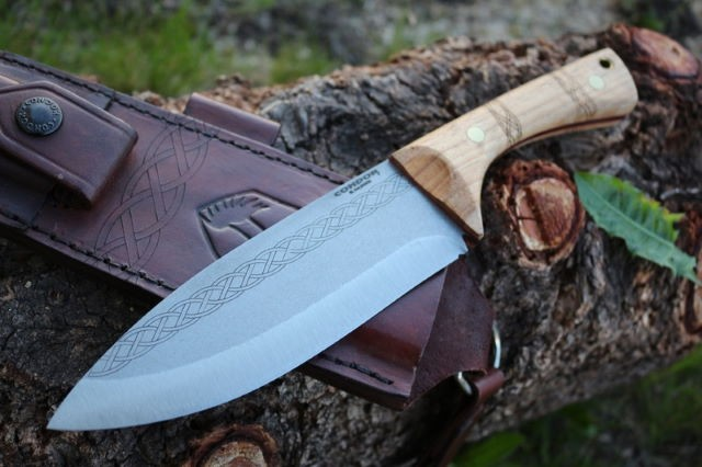 Couteau Bushcraft Condor Pictus